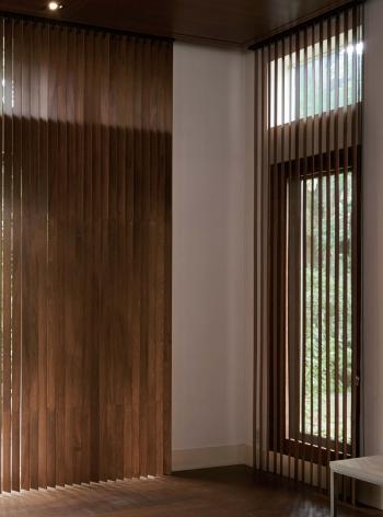 タテ型木製